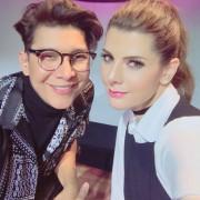 Franklin Ramos y Carolina Cruz, tutor y presentadora de 'la agencia'.