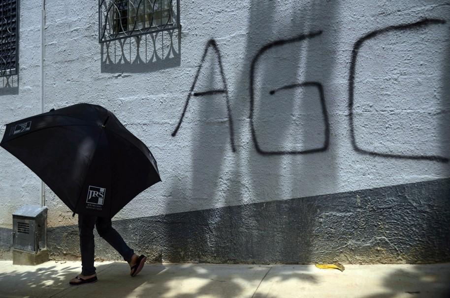 Grafiti de las autodefensas gaitanistas