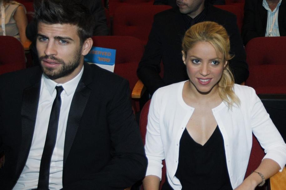 Gerard Piqué, futbolista del Barcelona, y su pareja, la cantante colombiana Shakira.