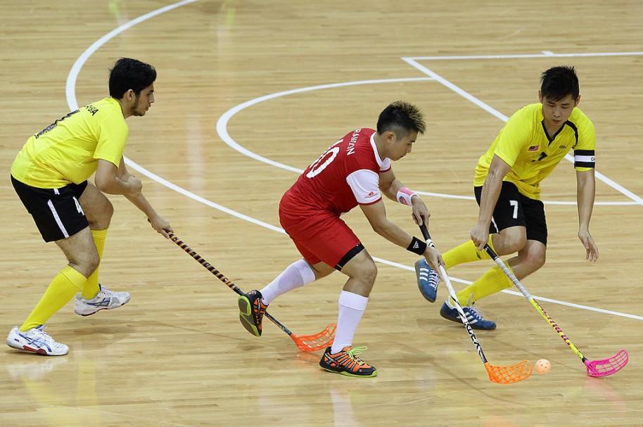 Jugadores de floorball. Pulzo.com