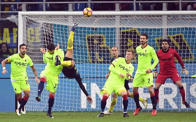 Gol de chilena Murillo