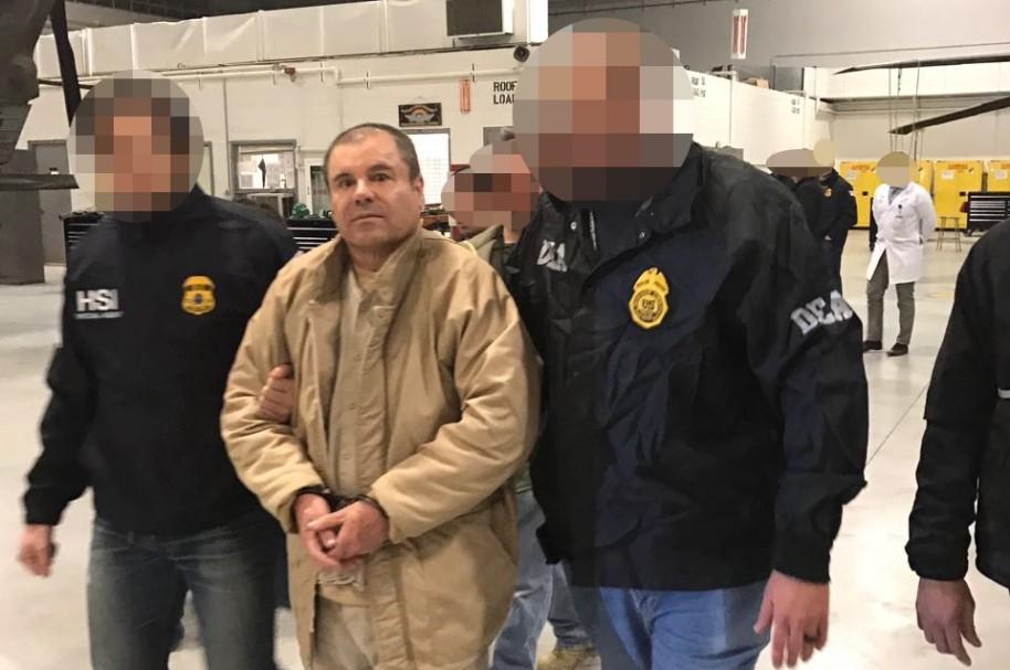 Joaquín 'el Chapo' Guzmán es custodiado hacia Estados Unidos
