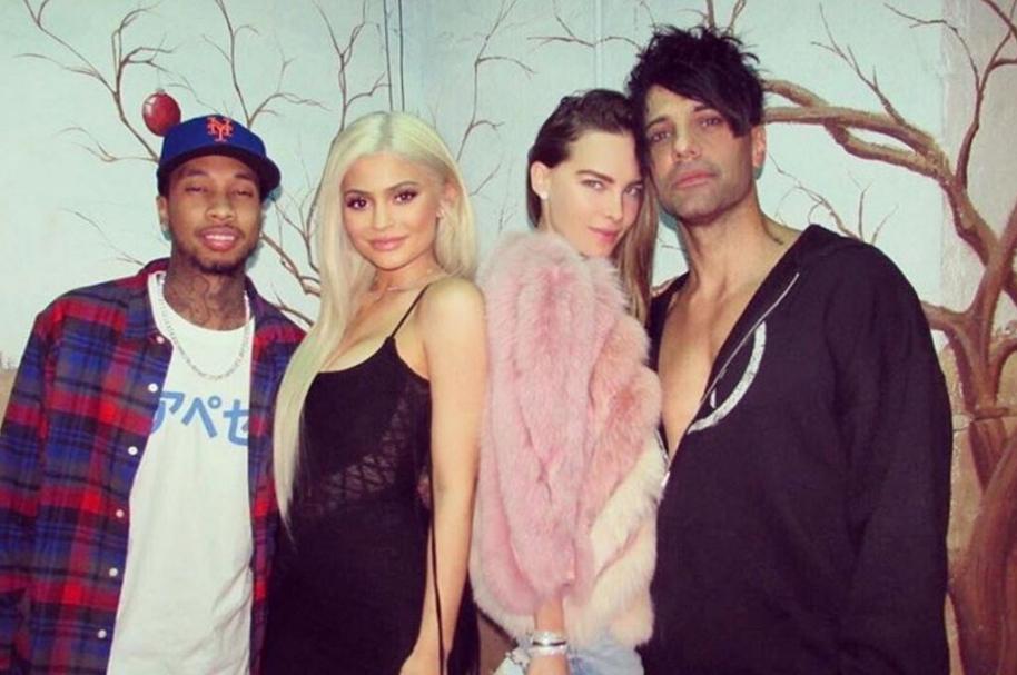 El rapero Tyga, la empresaria Kylie Jenner, la cantante Belinda y el ilusionista Criss Angel.