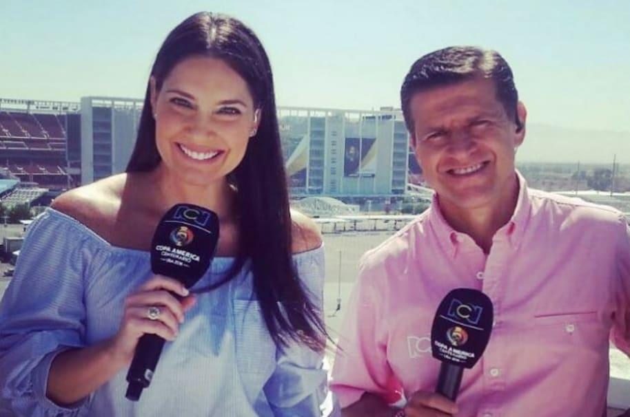 Jessica de la Peña y Ricardo Henao, presentadores de RCN.