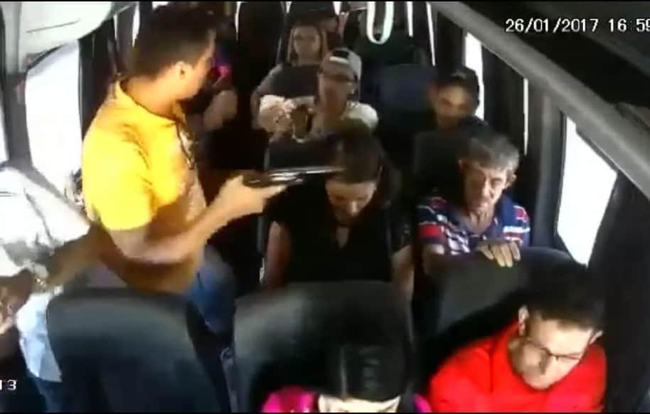 Atraco masivo en bus de ruta Cartagena-Barranquilla