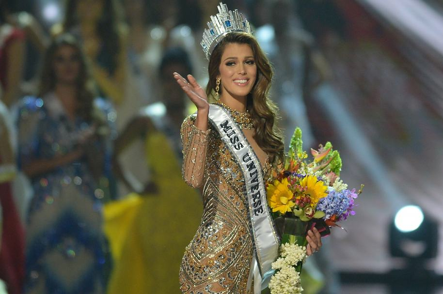 Iris Mittenaeremf, nueva Miss Universo.