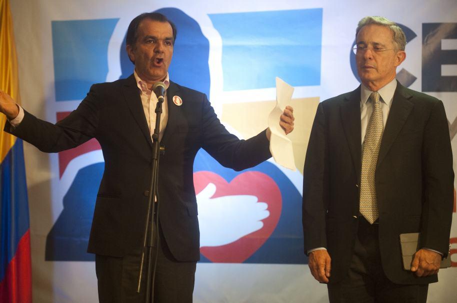 Oscar Iván Zuluaga y Álvaro Uribe Vélez