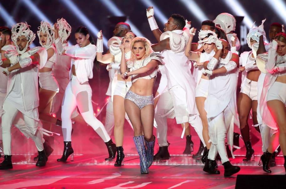 Presentación de Lady Gaga en el Super Bowl 2017