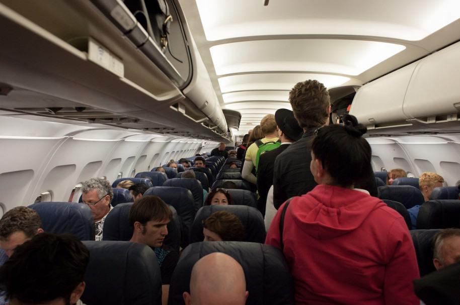 Pasajeros de avión. Pulzo.com