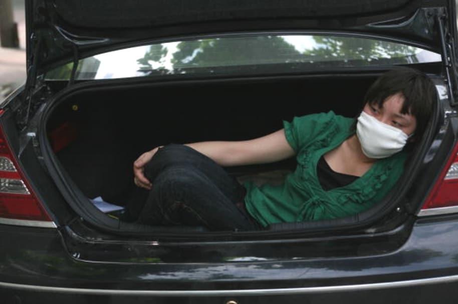 Secuestrada en baúl