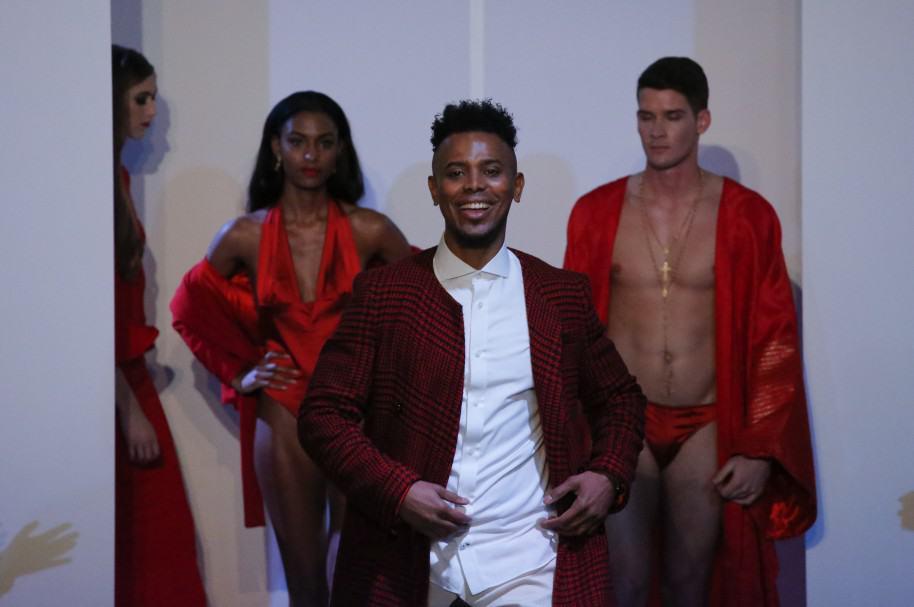 Edwing D'angelo se presenta en la Semana de la Moda de Nueva York