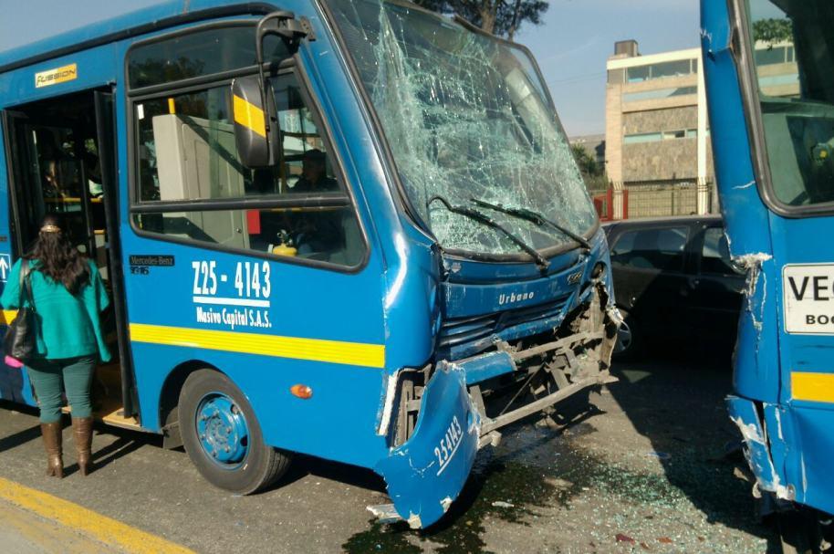 Choque múltiple de buses del SITP