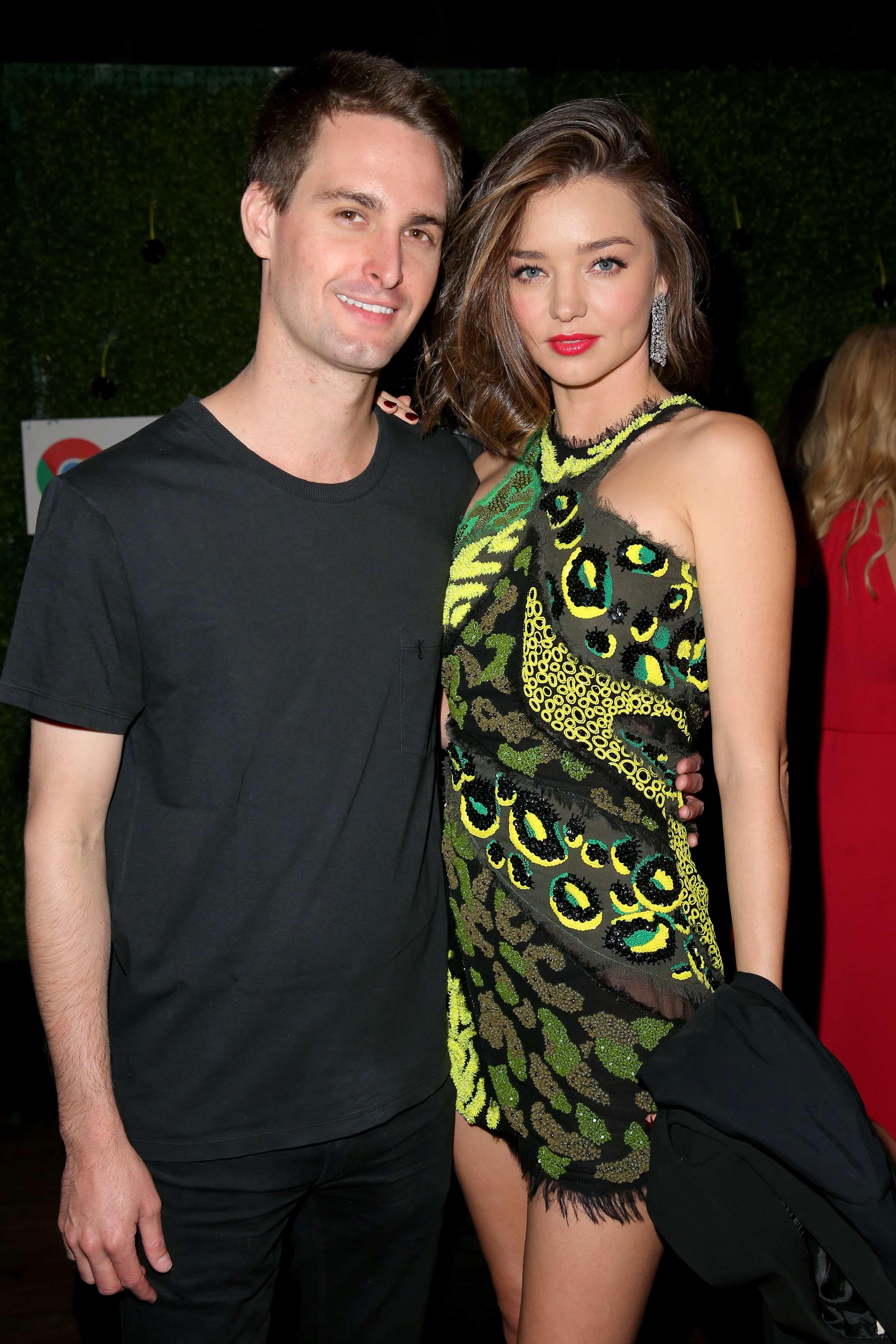 Evan Spiegel y la modelo Miranda Kerr