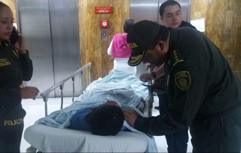 Policía herido en atentado en Bogotá