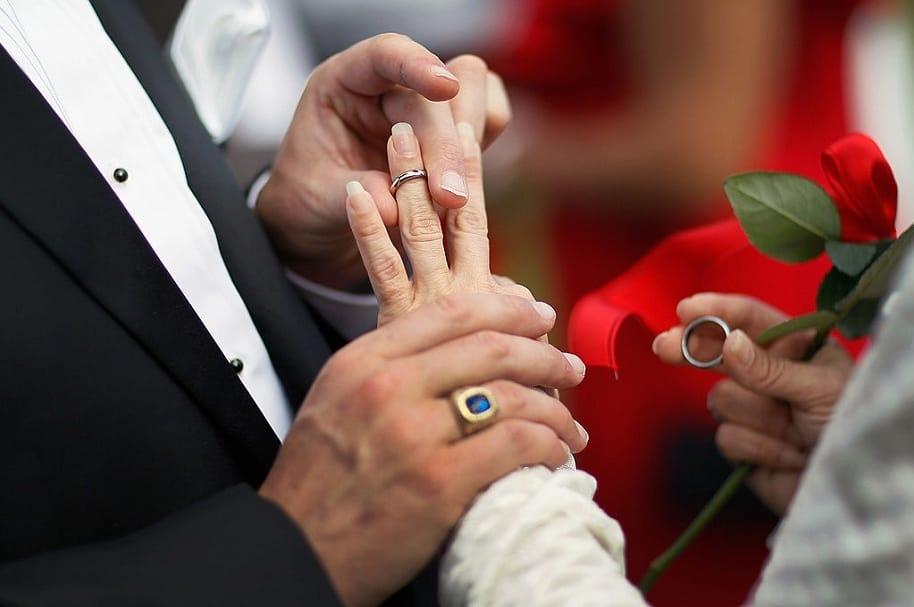 Atraco en matrimonio