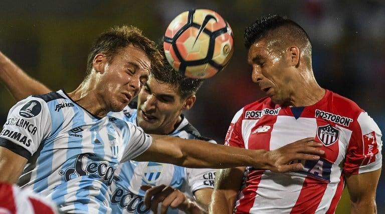 Junior versus Tucumán