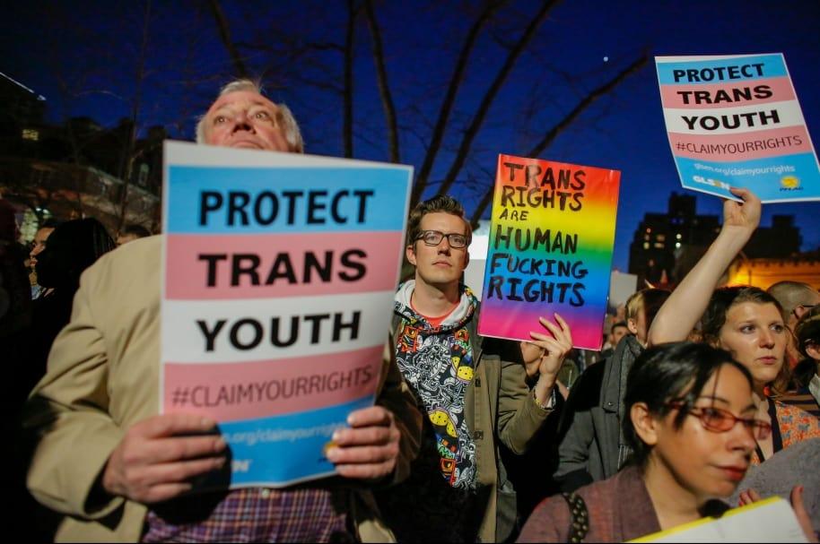 Protesta por baños transgénero