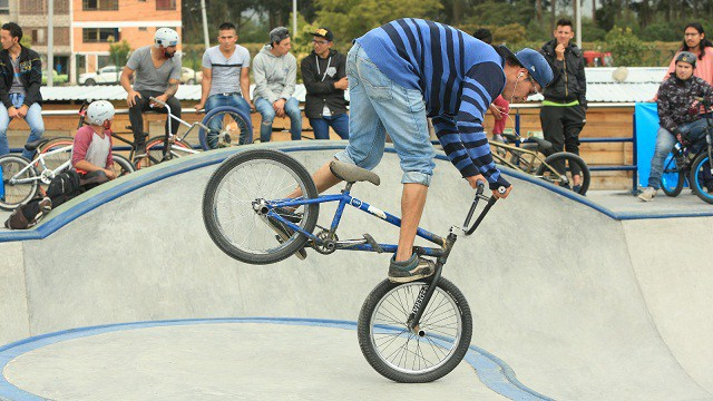 Abren pista de deportes extremos en Bogotá