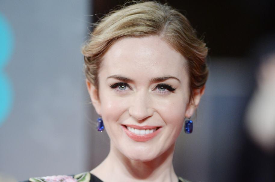 Emily Blunt, actriz que interpretará a Mary Poppins, en la nueva película sobre esa famosas niñera mágica.