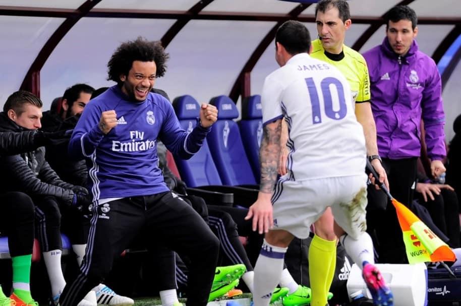 James anota gol a Eibar