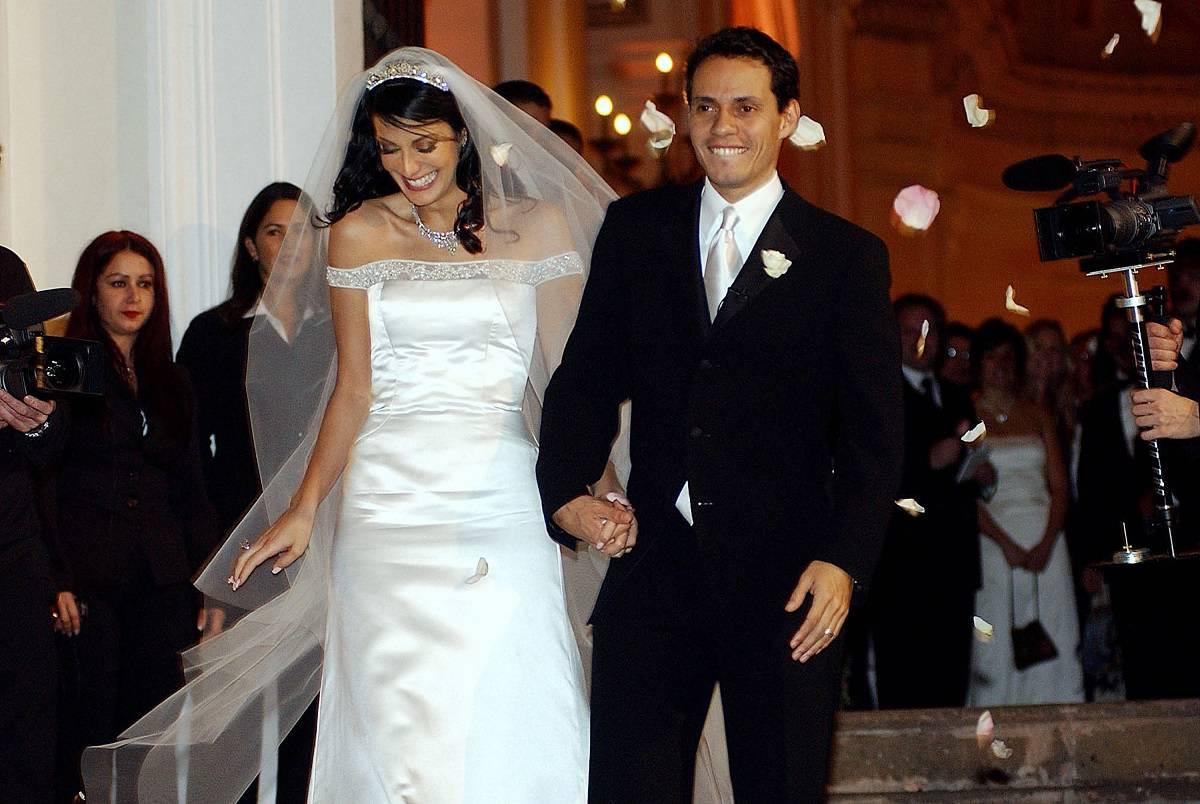Dayanara Torres y Marc Anthony en su matrimonio en 2002