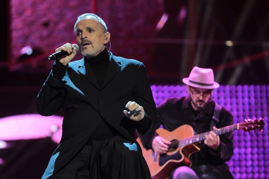 Miguel Bosé, cantante.