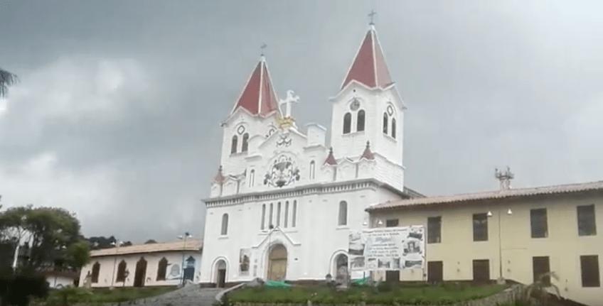 Iglesia de Nuestra Señora del Perpetuo Socorro, de San José de la Montaña. Pulzo.com