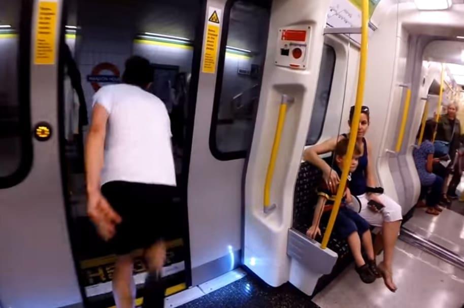 Carrera contra el tren