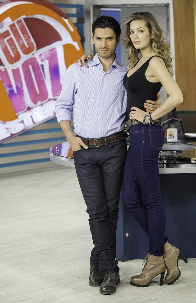 Pedro Falla y Michelle Rouillard, actores de 'Tu voz estéreo'.