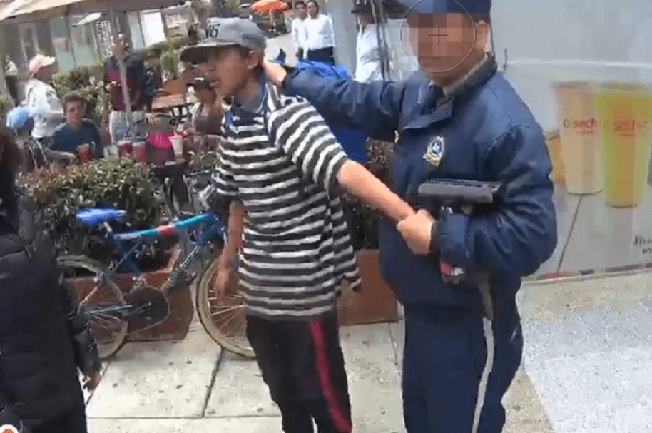Menor detenido por la comunidad por presunto robopxt