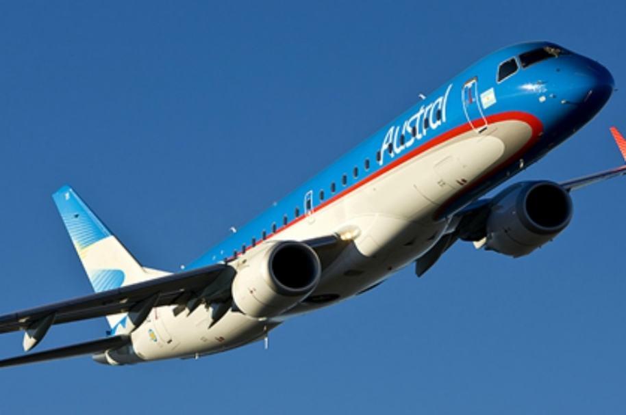 Avión de aerolínea Austral.