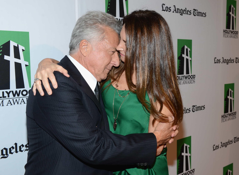 Dustin Hoffman y Lisa Gottsegen - Pulzo.com