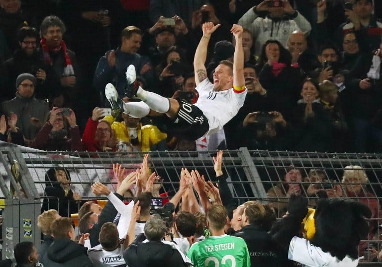Podolski se retira en Dortmund