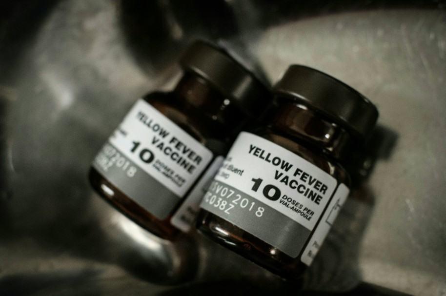 Vacunas contra la fiebre amarilla