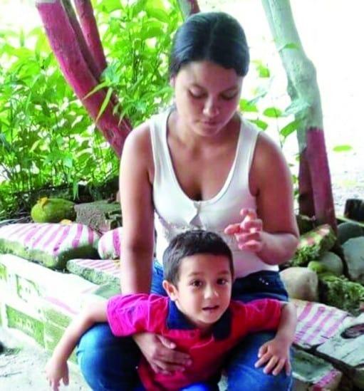 Irene Pérez Ruíz y su hijo Juan Diego Franco Pérez, asesinados