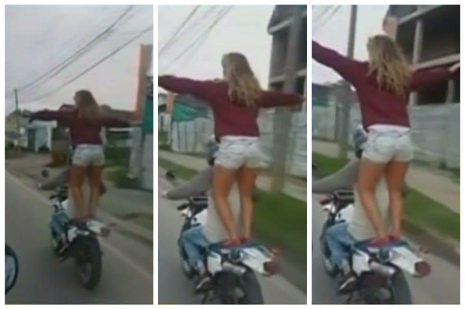 Joven parada sobre motocicleta que se movilizaba en Barbosa, Santander.