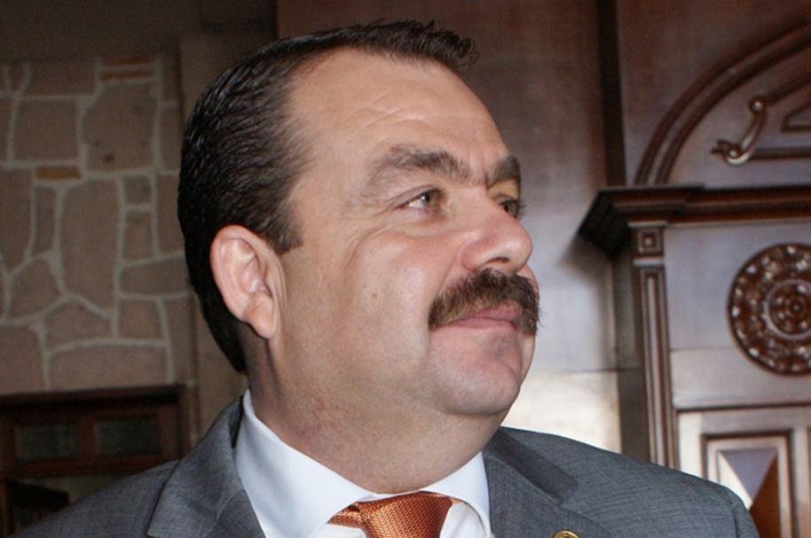 Detienen a fiscal de estado mexicano en EE.UU. acusado de tráfico de drogas
