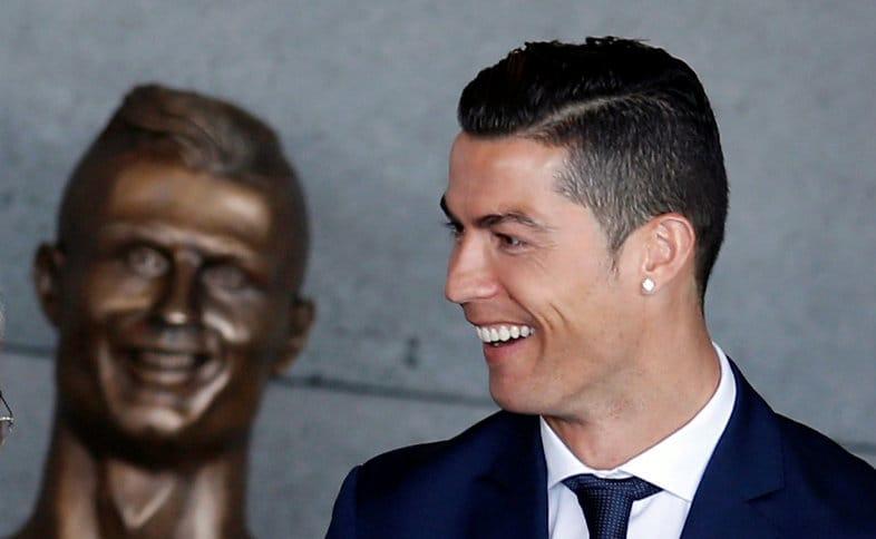 Cristiano Ronaldo y su estatua