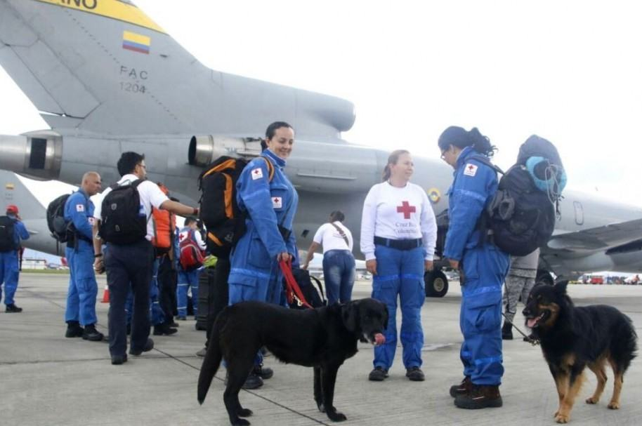 Voluntarios Cruz Roja Coolombiana