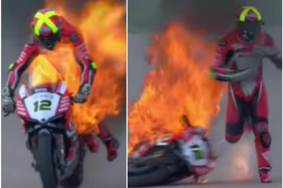 Moto de piloto se incendia.