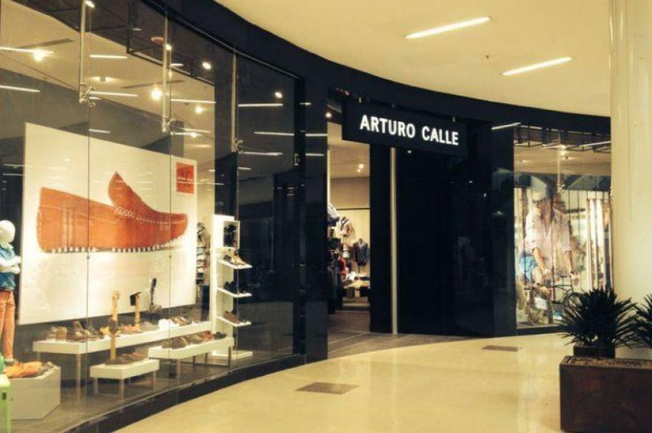 Tienda Arturo Calle