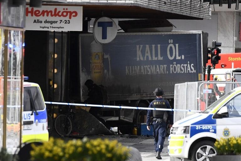Camión que embistió multitud en Estocolmo, Suecia.