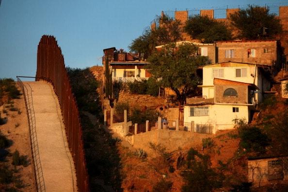 Muro entre Estados Unidos y México
