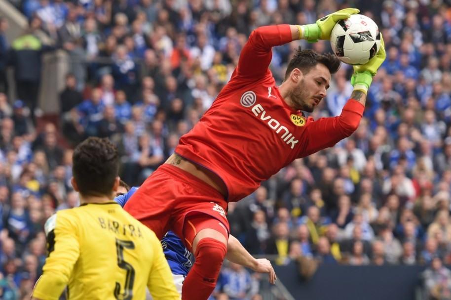 Roman Burki, arquero del Borussia Dortmund