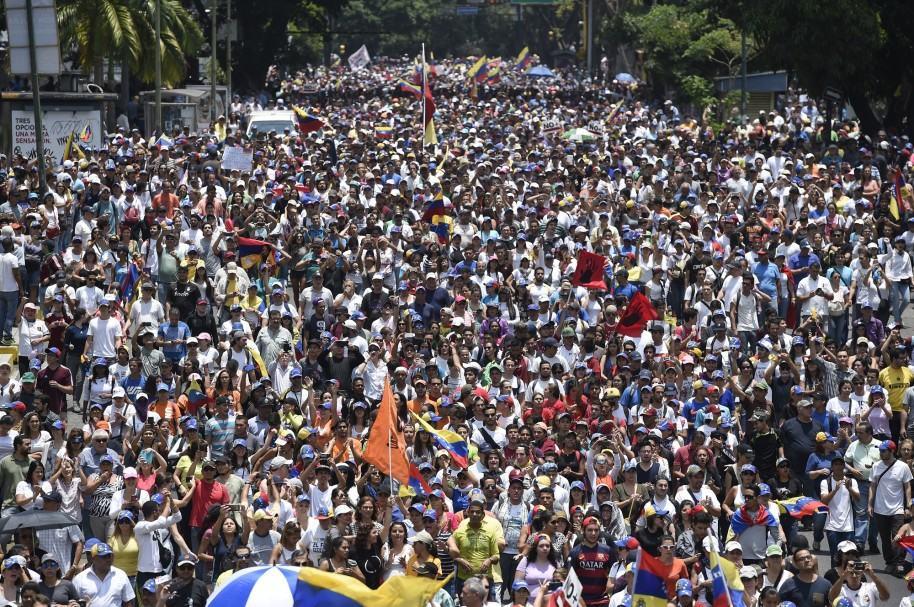 Marchas de opositores durante las últimas semanas.