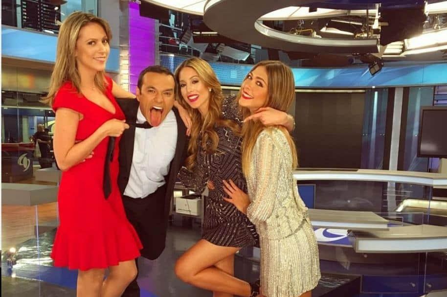 Catalina Gómez, Juan Diego Alvira, Daniela Vega y Viviana Dávila, presentadores de Noticias Caracol.}