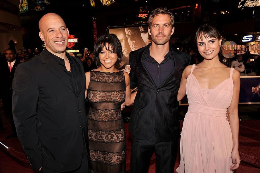 Vin Diesel, Michelle Rodriguez, Paul Walker, y Jordana Brewster