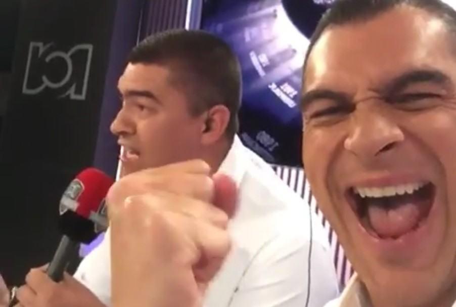 Mondragón celebra el gol de Falcao