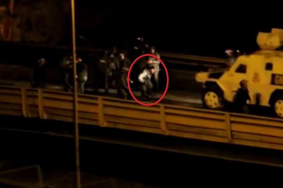 Policía herido en Venezuela