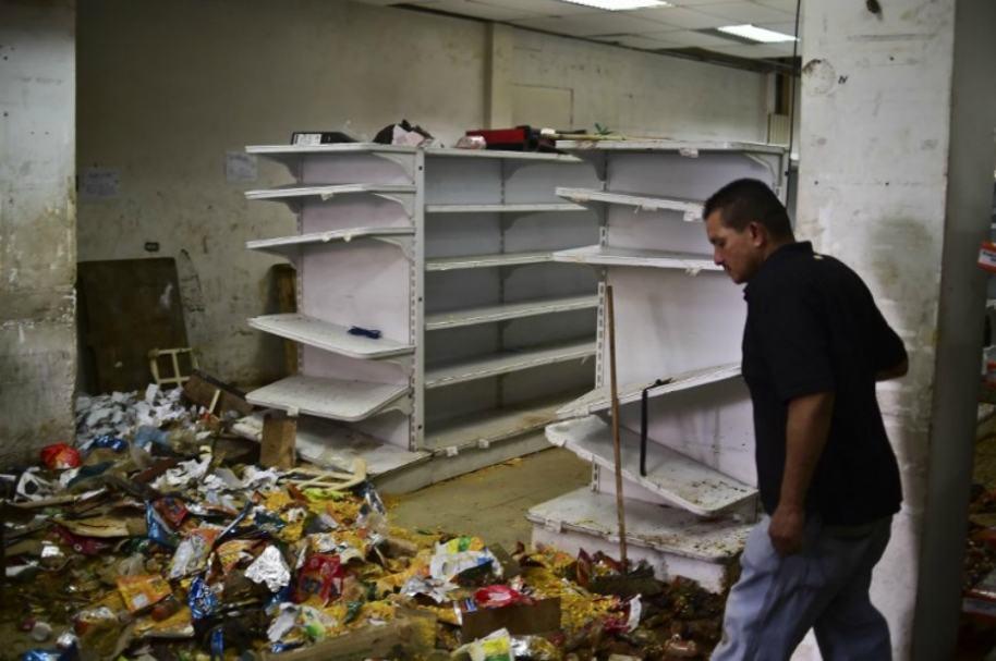 Daños en locales de Caracas por protestas.